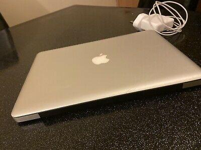 Apple MacBook Pro A)