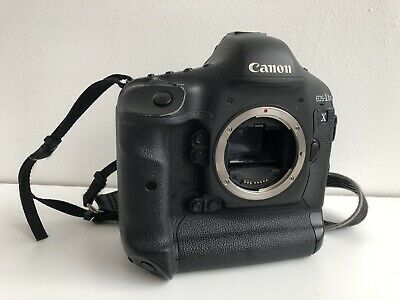 Canon EOS 1D X Digital SLR Camera Body With Charger And