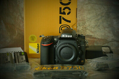 Nikon D750 DSLR 24.3mp Body Only-low Shutter Count + extra