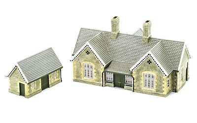 "Hornby R ""Granite Station Building"" Craft"