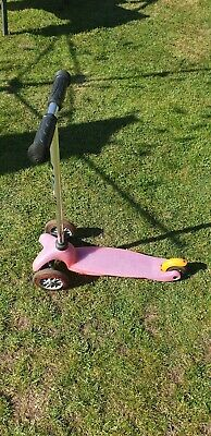 Mini micro kids pink 3 wheeled scooter for 3 to 4 year olds