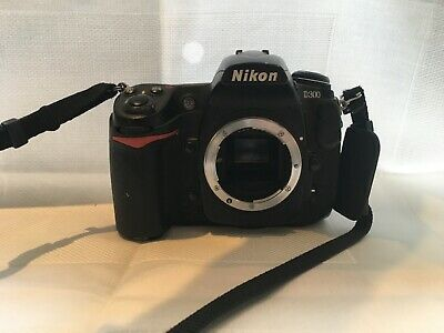 Nikon D D300S 12.3MP Digital SLR Camera - Black (Body only)