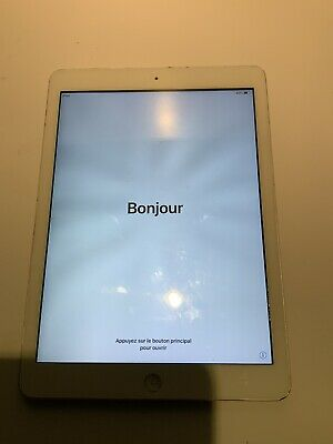 Apple iPad Air, 16GB, Wi-Fi, 9.7in, Silver - Working But