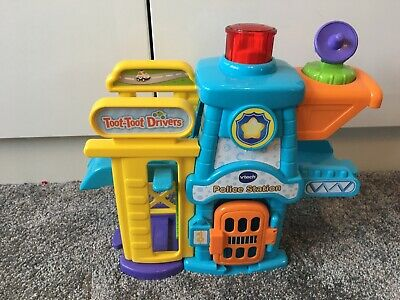 VTech Toot-toot Drivers Police Station With Police Car