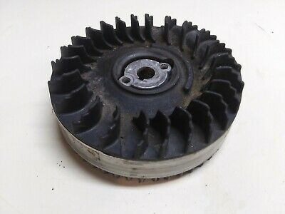 Briggs & Stratton Flywheel w/ Cooling Fan Fins