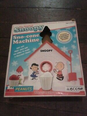 Vintage The Original Snoopy Sno-Cone Machine by Flair