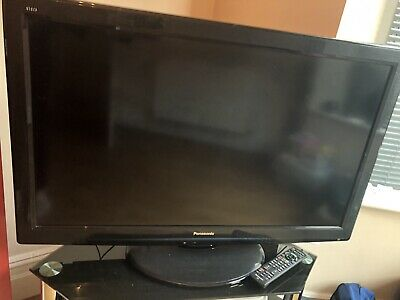 "Panasonic TX-L37S20B 37"" Full HD LCD TV With Freevie"