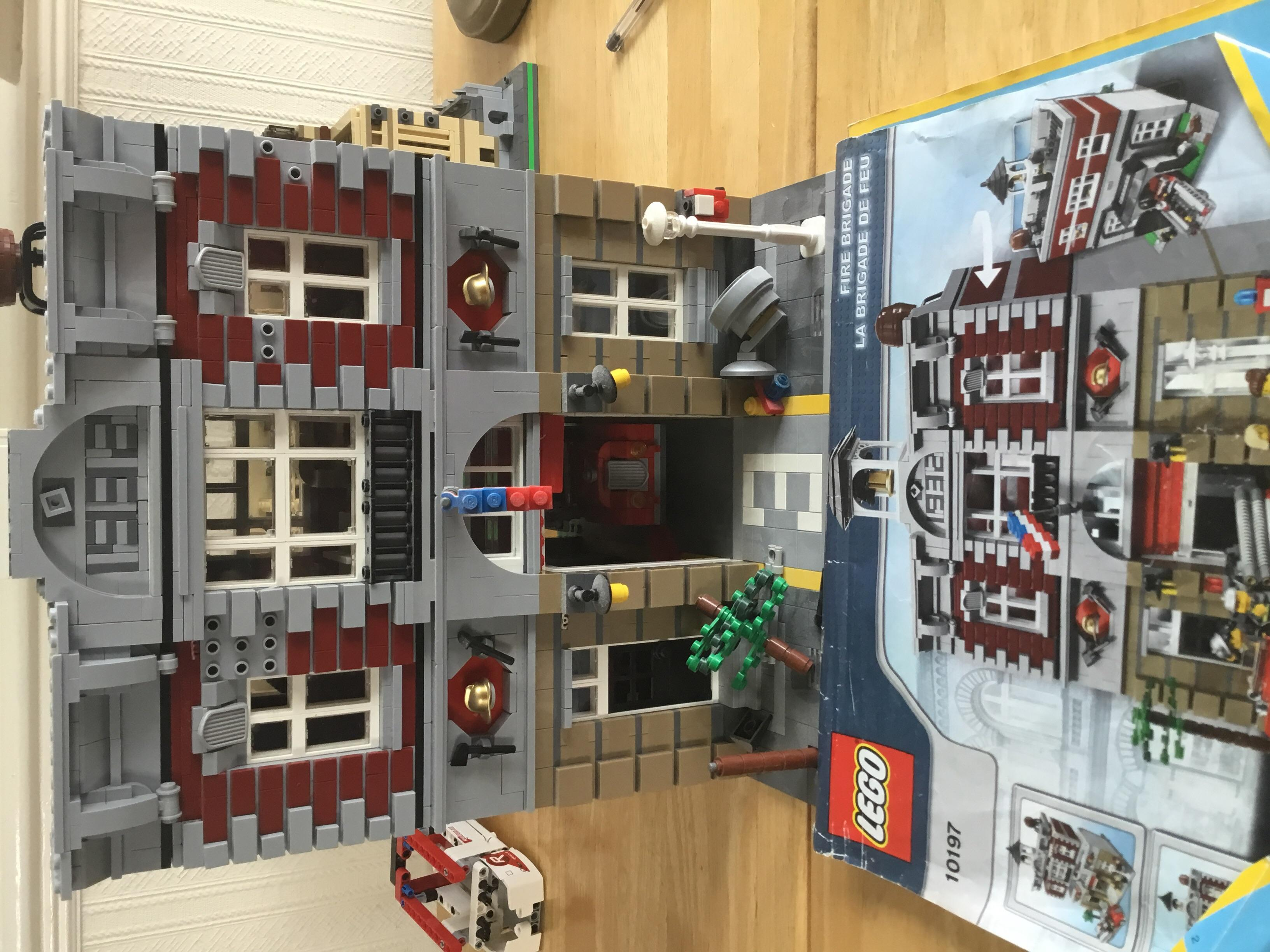 Lego creator fire station with instructions