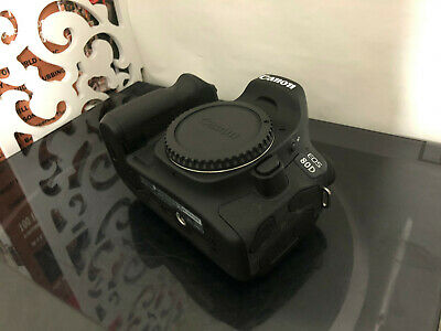 CANON EOS 80D 24MP DIGITAL SLR CAMERA & BACKPACK - Very Low
