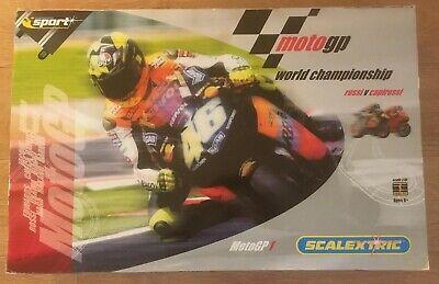 Hornby Scalextric Sport Moto GP 1 Rossi v's Capirossi Full