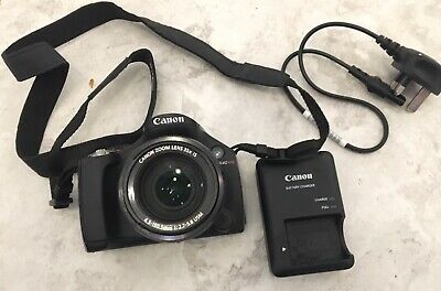 Canon PowerShot SX40 HS 35x Zoom. With Case & Charger