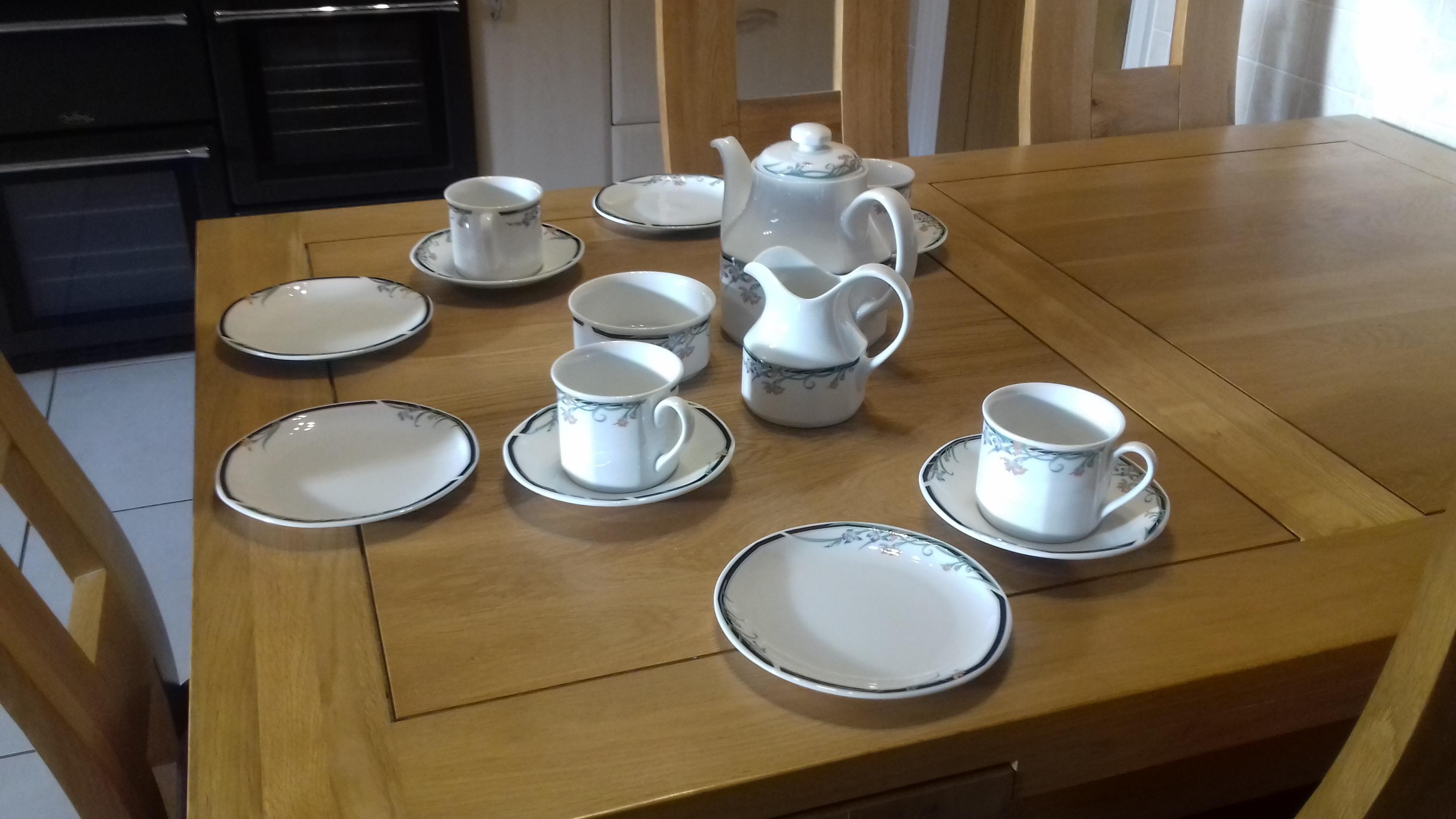 Royal Doulton China Tea Set For Sale