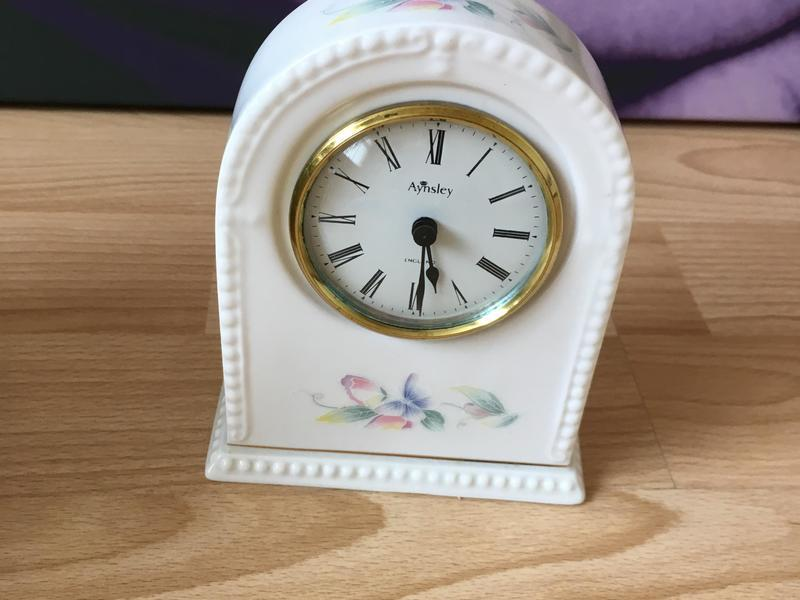 Aynley fine bone china clock