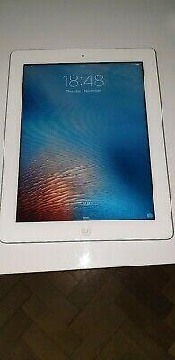 Apple iPad 2 16GB, Wi-Fi, 9.7in - White no reserve 99p