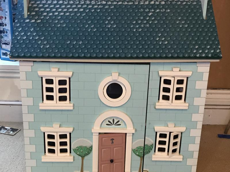 Wooden dolls house, furniture and dolls