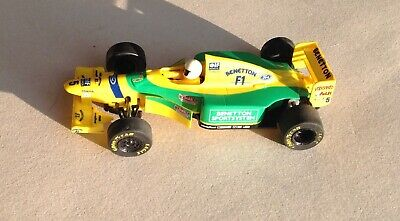SCALEXTRIC - 1:32 scale slot Car C142 - FORD BENETTON B193