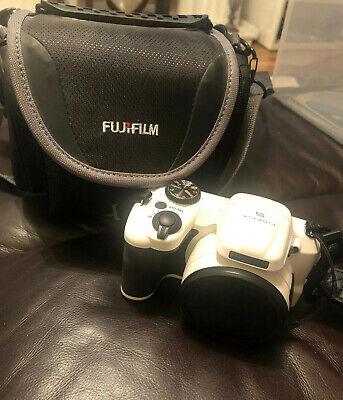 Fujifilm FinePix S Series S Digital Camera - White