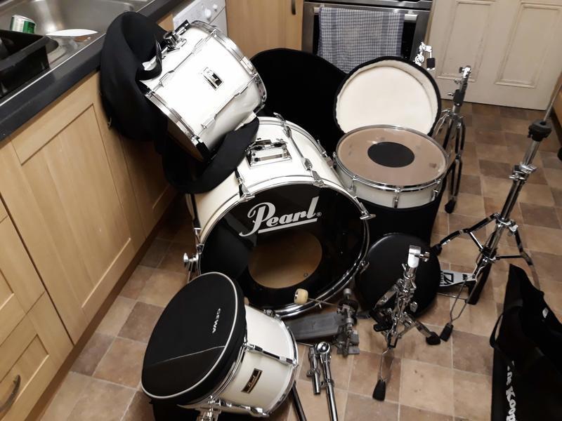 Pearl Drum Kit.