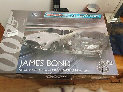 MICRO SCALEXTRIC Set G James Bond 007 - Aston Martin DB5