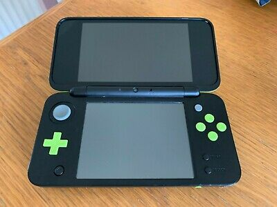 Nintendo 2DS XL Black Lime Green Mario Kart 7