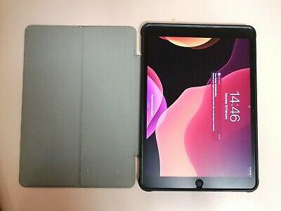 Apple iPad Air (3rd Generation) 64GB, Wi-Fi, 10.5in - Space