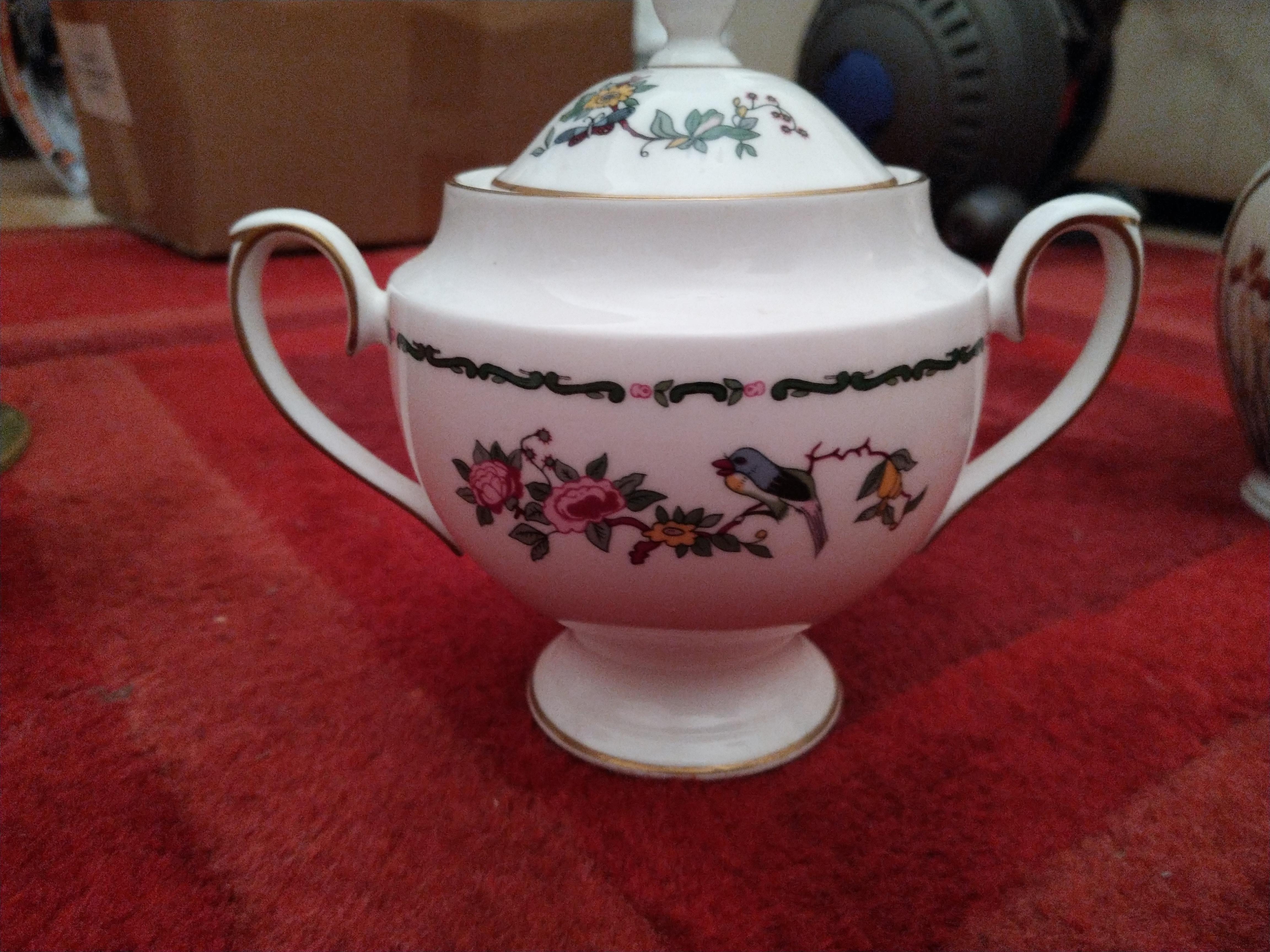 Royal Grafton lidded sugar bowl