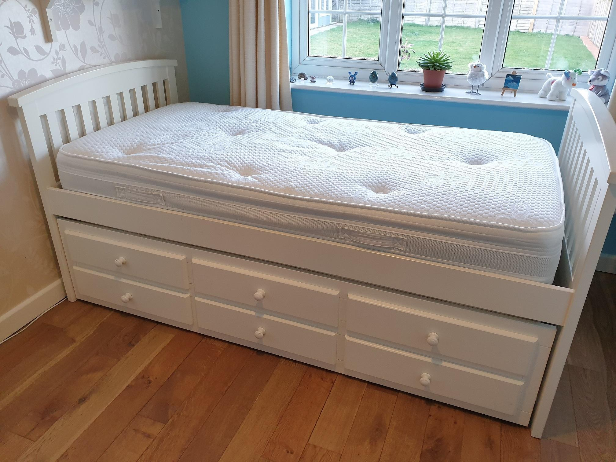 M&S white wooden single cabin bed with truckle bed