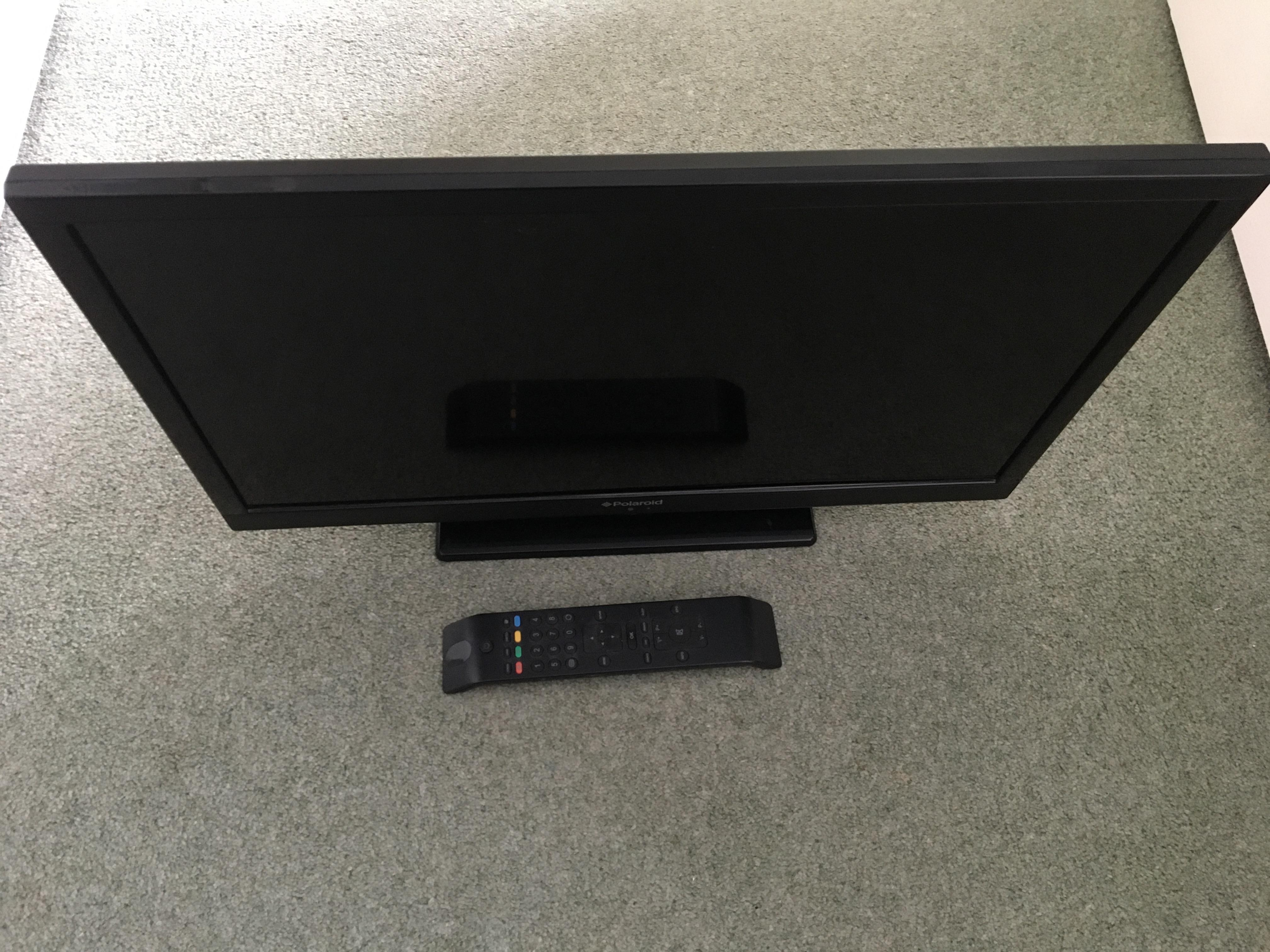 Flatscreen 24 inch television with built in freeview