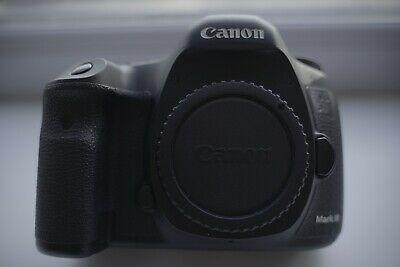 Canon 5D Mark III 22.3MP Digital SLR Camera + Battery Grip
