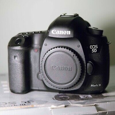 Canon EOS 5D Mark III 22.3MP Digital SLR Camera Body Only -