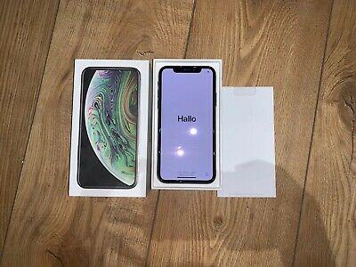 Apple iPhone XS - 64GB- Space Grey (Unlocked)
