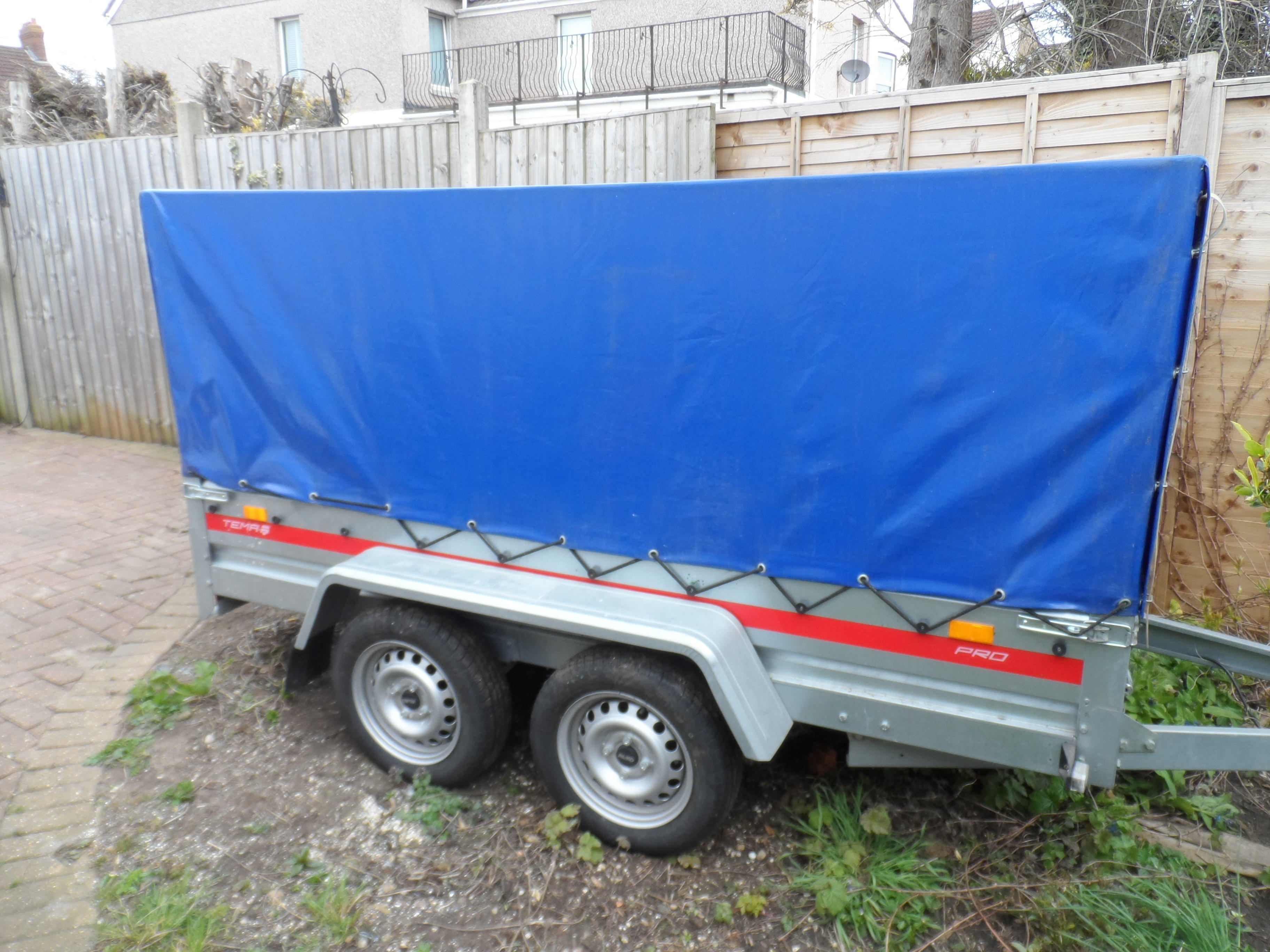 Twin Axle Covered Trailer Heavy Duty Commercial AL-CO Achse