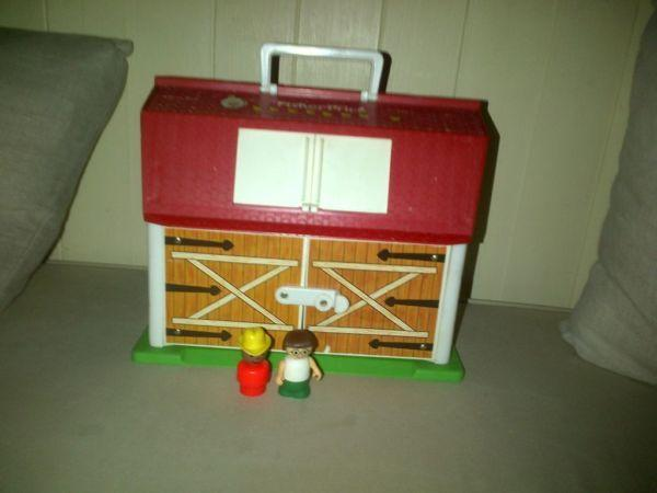 Vintage Fisher Price play family little people toy farm