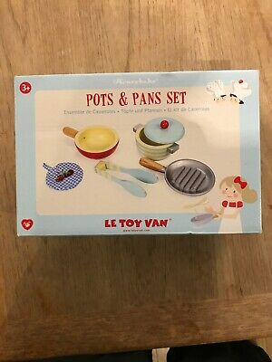 Le Toy Van Pots & Pans Set