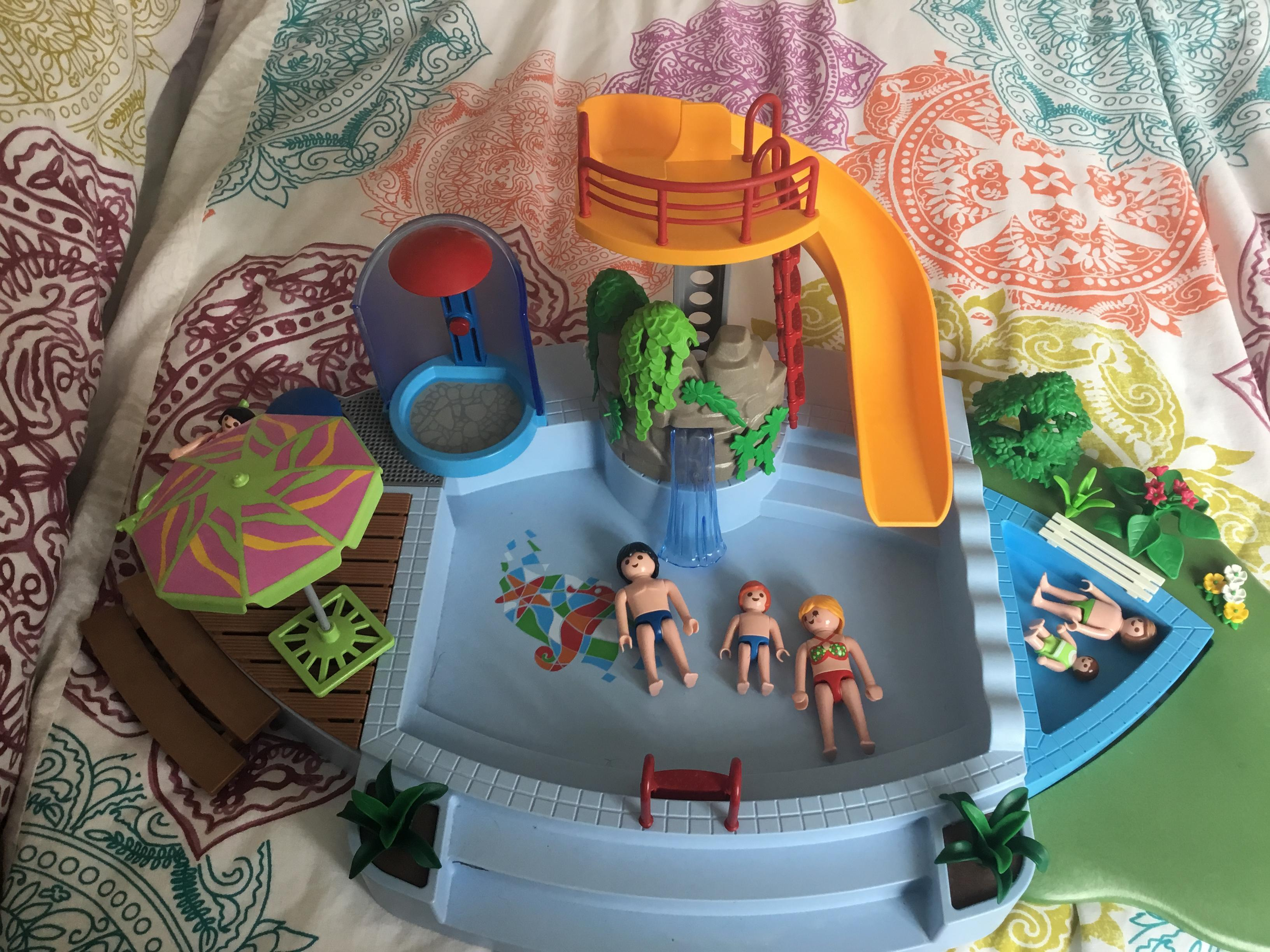 Playmobil swimming pool and park