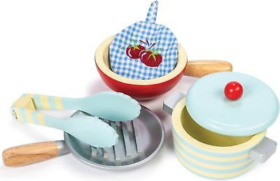 Le Toy Van Honeybake Pots & Pans Wooden Kitchen Accessory