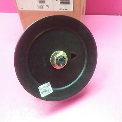 GENUINE MTD B SPINDLE ASSEMBLY 6.3 DIAM PULLEY