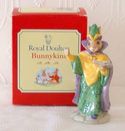 Royal Doulton Bunnykins Figures, plates, books - various