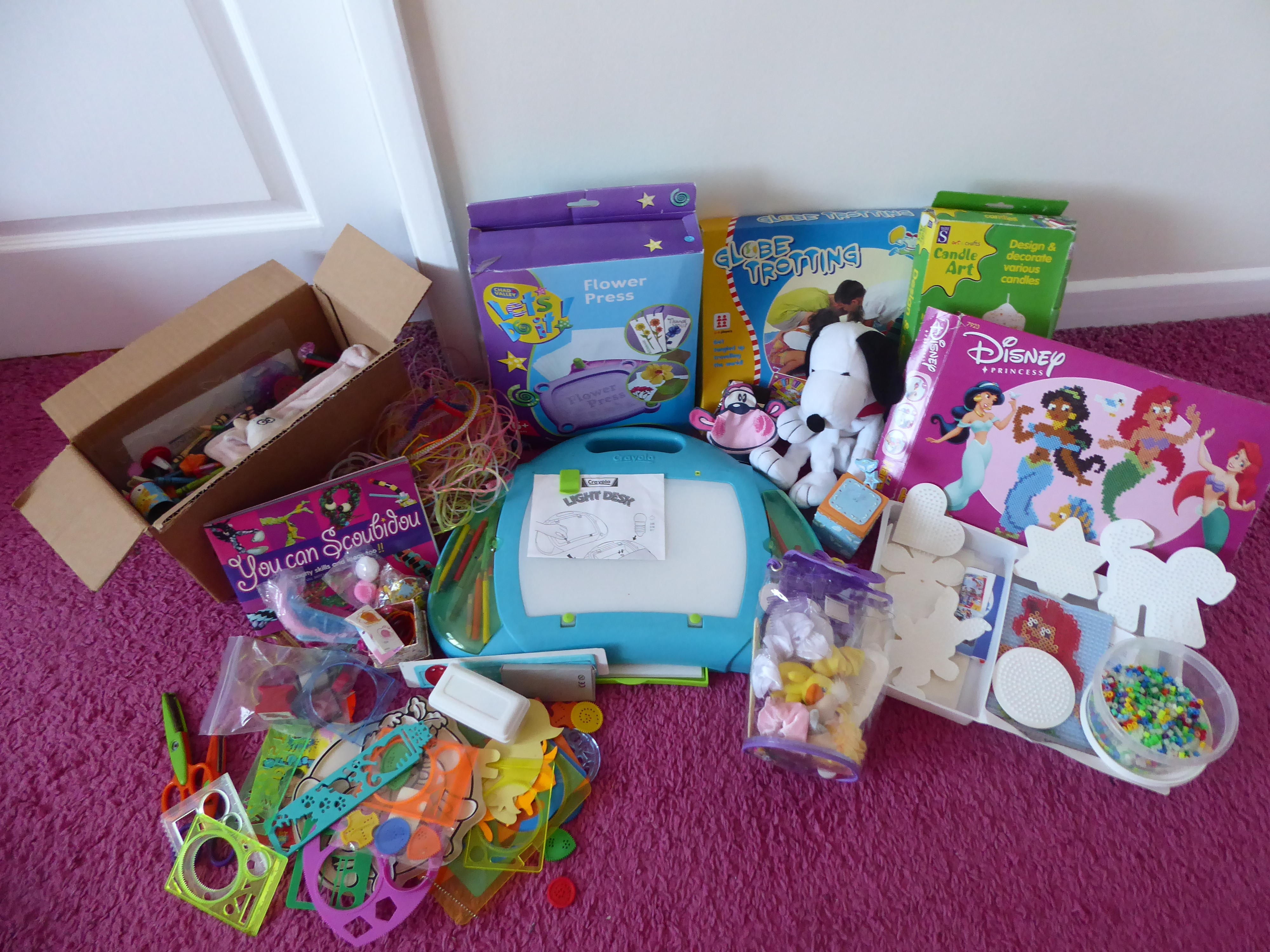 Bundle of arts and crafts toys, games, hama beads, bags etc