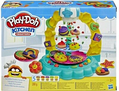 Play-Doh Kitchen Creations Sprinkle Cookie Surprise Toy set