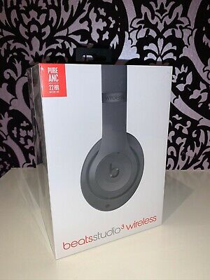 Brand New Unopened Beats MTQY2ZM/A Studio 3 Wireless
