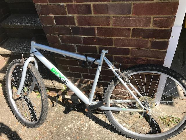 OLD BIKE MID SIZE IDEAL For SPARES bits etc ETC