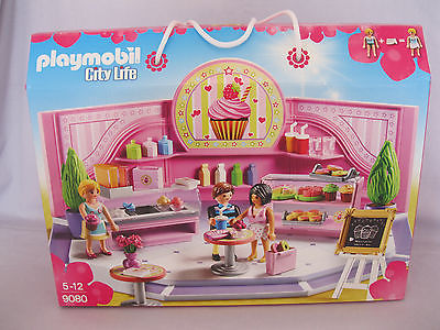 PLAYMOBIL  CITY LIFE CUPCAKE CAFE SHOP PLAYSET NEW B0XED