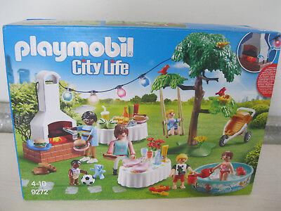PLAYMOBIL  CITY LIFE HOUSEWARMING PARTY PLAYSET FIGURES