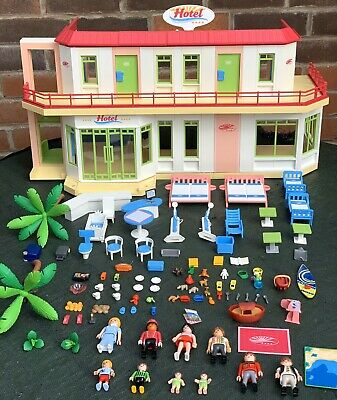 Playmobil Hotel  Summer Fun Furnished & Extra Figures
