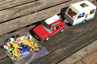 Playmobil Set  Family Vacation Touring Caravan Red