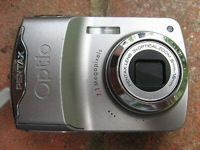Pentax EMP Digital Camera - 4GB Card, Batteries And