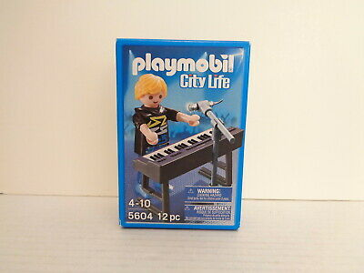 Playmobil City Life # Keyborder Pop Star Figure