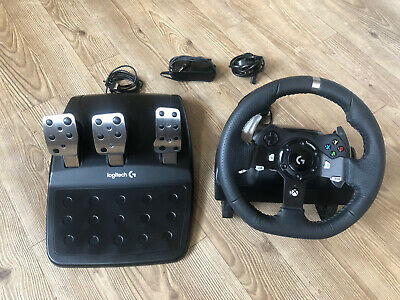 Logitech Driving Force G920 Racing Wheel and Pedals for Xbox