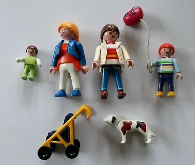 Playmobil  Family with Stroller
